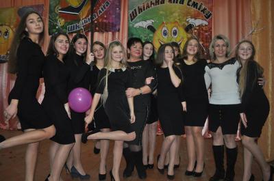 Ліга сміху: серед старшокласників перемогли дівчата «На