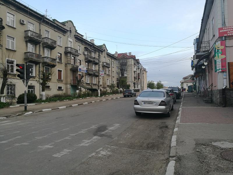 Центральні тротуари Калуша вимостять бруківкою - Місцеві